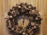 Vind  coronițe de Crăciun