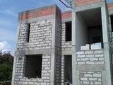 Compania de construcții executa lucrari de construcție și finisare a oricarui imobil.