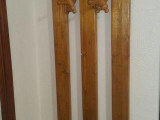 Cuier haine lemn natural