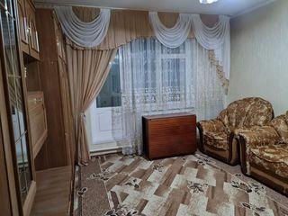 Продаётся 3-х комнатная квартира в центре города Комрат