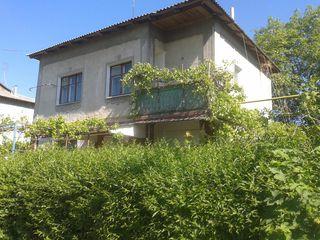 Двухэтажный дом в дубоссарах с удобствами по привлекательной цене!!!