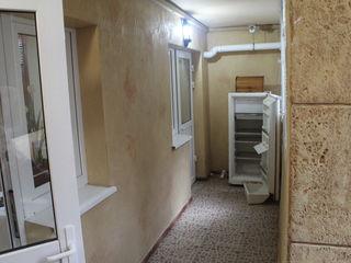 Продается шикарное помещении 100 кв м!Под любой бизнес !