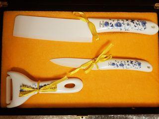 Подарочный набор фарфоровых керамических ножей.
