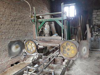 Vind pila industriala (Pilorama)pentru taierea lemnului