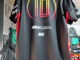 Maiou,sorti, lasini tricou de sport , saMaila ,fitness,fotbal de firma din anglia GYM Tricouri, polo