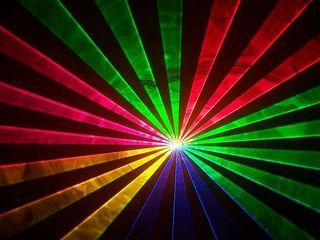 Show de lumini laser show fum greu artificii