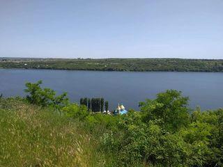 Vand casa in satul turistic Holercani ,50km de la Chisinau 12 mii