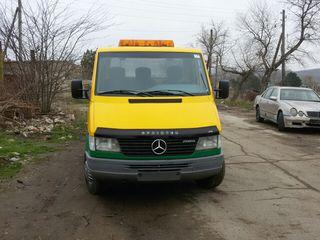 Mercedes evacuator
