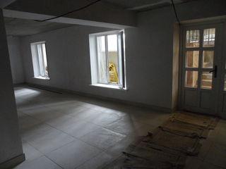 Две помещения около 80 М2 в аренду