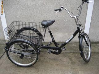 Cumpar bicicleta cu trei roti 28 in stare buna,astept propuneri scriti.