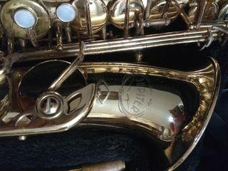 Saxofon Jupiter Jas 769 serie SemiProfesional