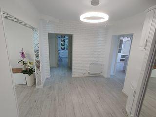 Se vinde apartament cu euroreparație!!!