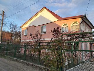 Дом-Дача,капитальная,лес,коммуникации Меняю на 1.2ком Кишиневе