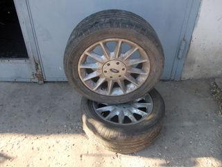 Продаю фордовские диски с резиной летней
