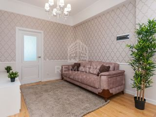 Vânzare Apartament cu 3 odăi, Centru str. N. Starostenco 64900 €