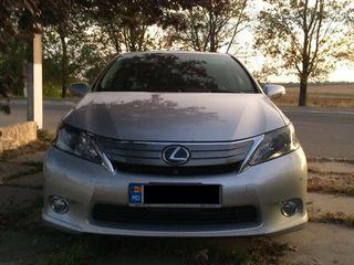 Lexus HS Series