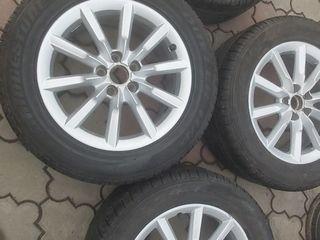 Vind complect de roti la  235/55/17 pentru Audi, Volkswagen.
