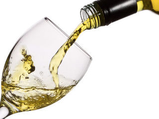 Vind vin alb