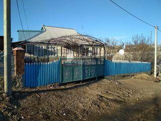 Se vinde casa in s. Feștelița