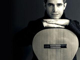 Lecții de chitara online. Уроки игры на гитаре онлайн. Disponibile pentru orice vârstă.