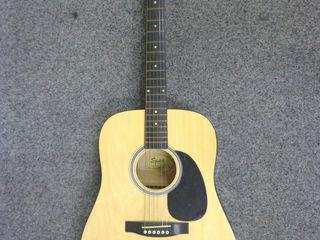 Squier (by fender) acoustic guitar (model: 093-0300-021) vintage