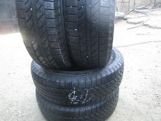 215-70-16 Michelin