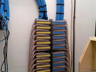 Обслуживание, ремонт, монтаж и программирование телефонных станций.