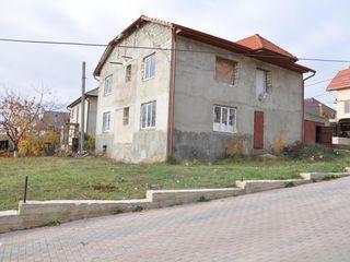 2-х этажный незавершенный дом в Гратиештах  54000 евро