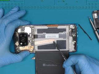 Xiaomi Poco X3, Bateria nu se încarcă? Îl vom înlocui fără probleme!