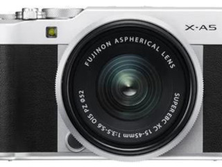 Aparat foto mirrorless FujiFilm X-A5 Silver/XC15-45mm kit