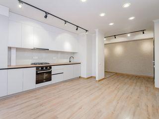 Apartament nou la cheie