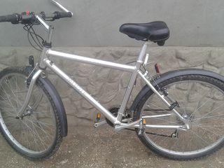 Bicicleta ca noua
