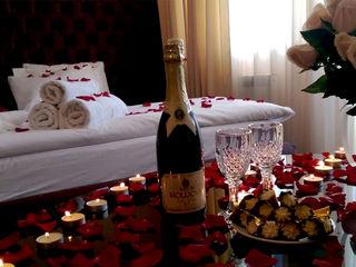 Cel mai bun cadou pentru iubita ta de la 499 lei noapte ,150 lei ora  acum si in credit…!!!