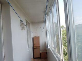 Se vinde apartament cu 2 odăi,  in centru orașului Florești 55m2.