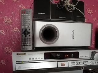 Panasonic SA-HT70. dvd home theater.