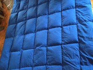 Перина-пуховое зимнее из гусиного пуха 2,0х2,5 м, плюс 1 подушка