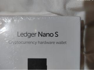 Portofel Electronic Cripto Ledger Nano S și X pentru monede virtuale Bitcoin, Eth - Sigilat