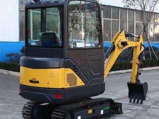 Mini excavator 1800kg