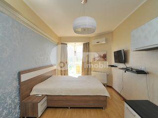 Chirie apartament, 2 camere, Centru, 300 € !