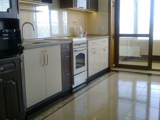 Сдаю 2-х комнатную квартиру в центре Кишинева