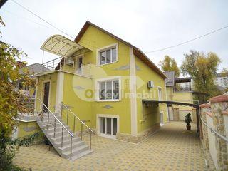 Casă cu 3 nivele, Durlești, 190 mp, 129000 € !