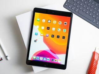 Apple iPad 2019 10.2 32GB !!! Garantie 2 ani! Super pret!