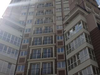 Schimb apartament in Centru pe automobil pina la 25000 Euro!!!