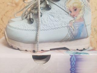 Incaltaminte pentru copii din Anglia la pret redus.Фирменная детская обувь из Англии