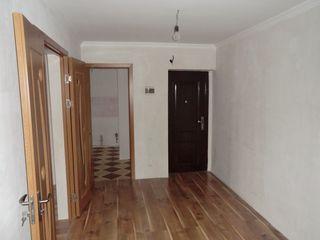 Apartament cu 3 odai 2 etaj mijloc  Первый взнос