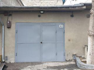 Garaj  poșta veche  47 m*(împreună cu subsolul)