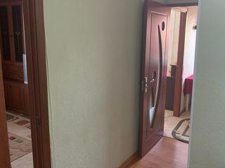 Se vinde apartament cu doua camere