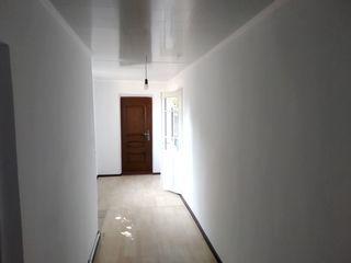 Продается часть дома 3- комнаты 71 кв. м. с автономным отоплением, водопровод, санузел, канализация,