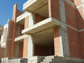 """Casa de tip Duplex, cartier nou cu infrastructura proprie """"Poiana Pinului"""" !"""