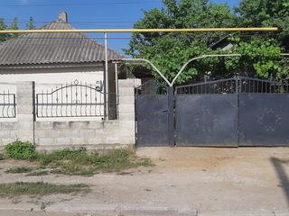 Срочно продаётся дом, ремонт, времянка, гараж, 10 соток. ул Мира 149. Цена 16500 euro